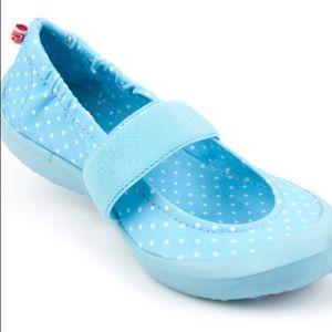 Toddler pin dot light blue print slip on shoes